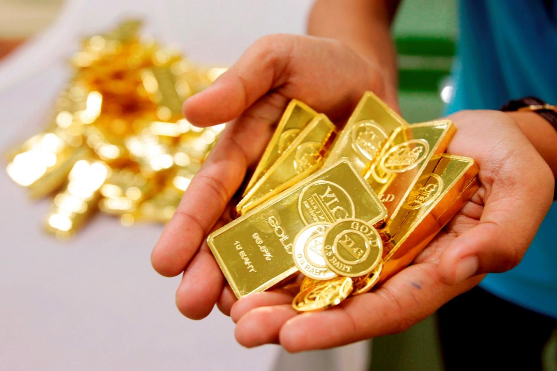 Giá vàng hôm nay 1/4/20: Bán tháo vì đại dịch Covid-19 kéo dài, giá vàng tuột dốc