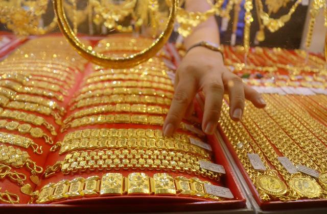 Nhu cầu mua vàng miếng tích trữ tăng đột doanh thu PNJ quý đầu năm tăng 5% lên 5.000 tỷ đồng